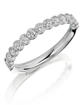 Cup set diamond ring