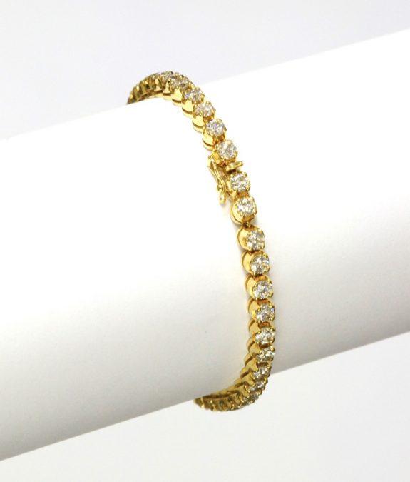 Vantage diamond bracelet