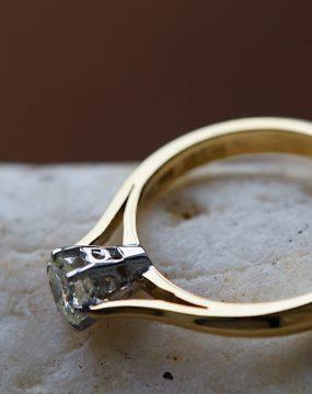 vintage-jewellerys