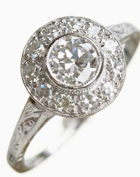 platinum-antique-diaond-ring